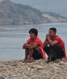 Karen ethnic Thai villagers at the Salween River will be affected by the planned Hat Gyi Dam in Burma's Karen state.