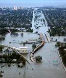 New Orleans under water, 2005. Photo: FEMA