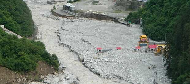 Collapsed 400 MW Vishnupryag Dam