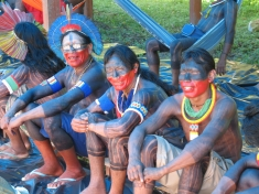 The Kayapó get settled at the encampment in Altamira, Xingu Encounter, 2008