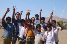 Ratan Bhandari of HYPHEN with Narmada children activists